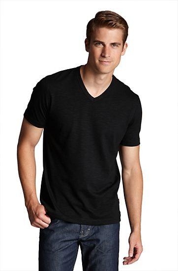 #6 - The Well-fitting Black (V-Neck) Shirt